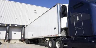 semi loading at warehouse